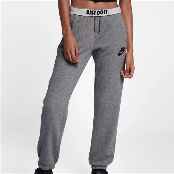 d986f3042a58 XL NIKE RALLY JOGGERS WOMEN NWT
